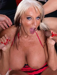 Sally DAngelo - Cumming-on Party For A Mature...